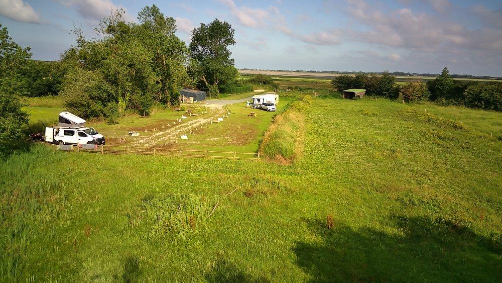 Aire camping-car à Créances (50710) - Photo 9